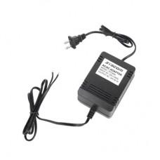 Syscom RT2460L adaptador e inversor de corriente Auto/Interior Negro